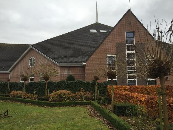 Schilderwerk kerk/pastorie Oud-Beijerland